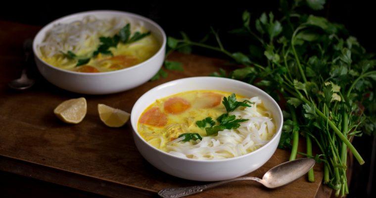 Soupe au curry d'inspiration thaï